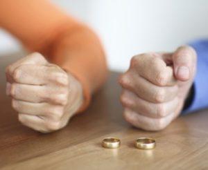 супруги со заемщики